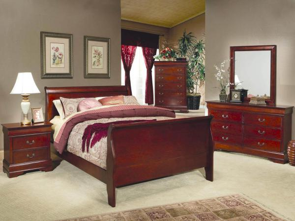 sleigh bed, traditional bed, tall bed, stylish design, cherry wood